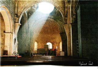 lumière sur la croix un matin au solstice d'été....
